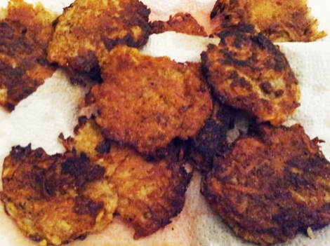 Tessa's Homemade -- Crispy Hannukah Potato Latkes!
