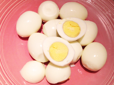 How to Hard Boil Eggs - Tessas Homemade